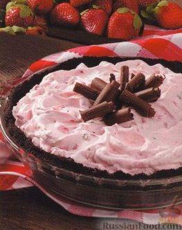 Рецепт Торт-мороженое с клубникой и орехами
