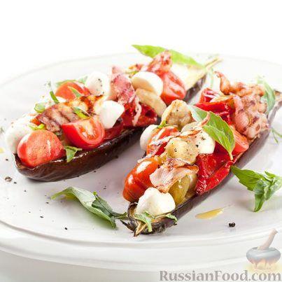 Рецепт Салат из печеных баклажанов с моцареллой