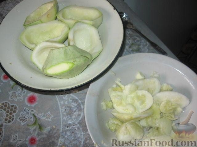 Фото приготовления рецепта: Патиссоны, фаршированные рисом и мясом - шаг №1