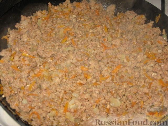 Фото приготовления рецепта: Патиссоны, фаршированные рисом и мясом - шаг №2