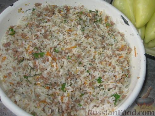 Фото приготовления рецепта: Патиссоны, фаршированные рисом и мясом - шаг №3