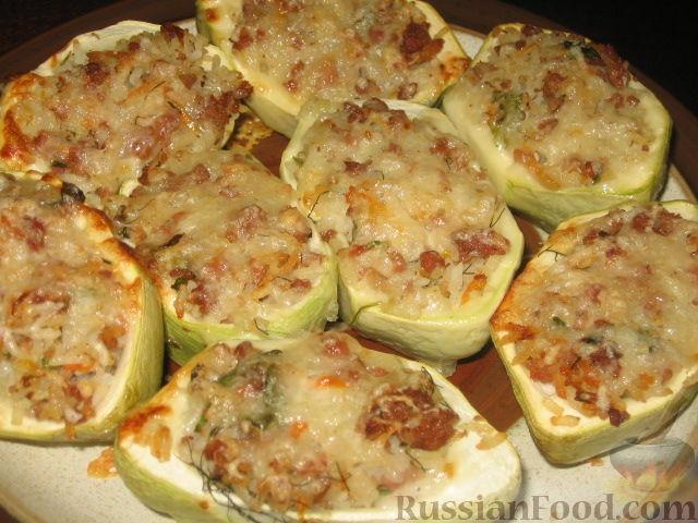 Фото приготовления рецепта: Патиссоны, фаршированные рисом и мясом - шаг №6