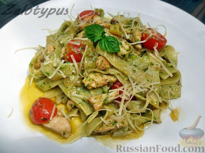 Рецепт Паста с курицей и соусом песто