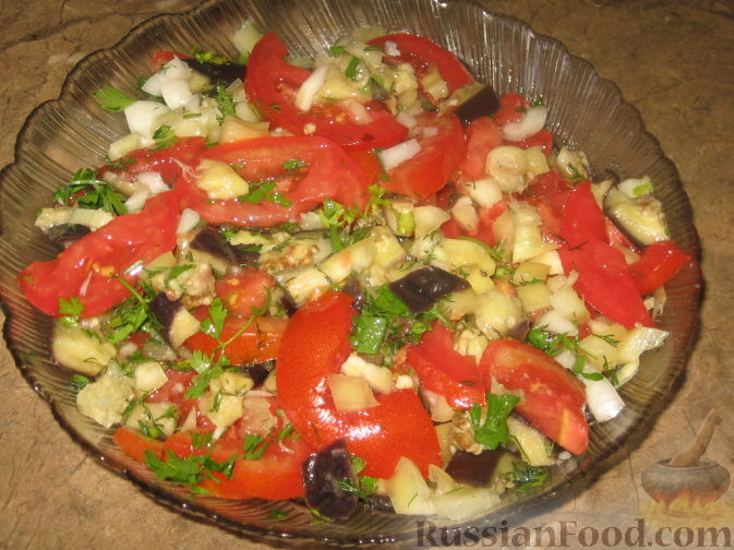 Рецепт Салат из баклажанов и помидор