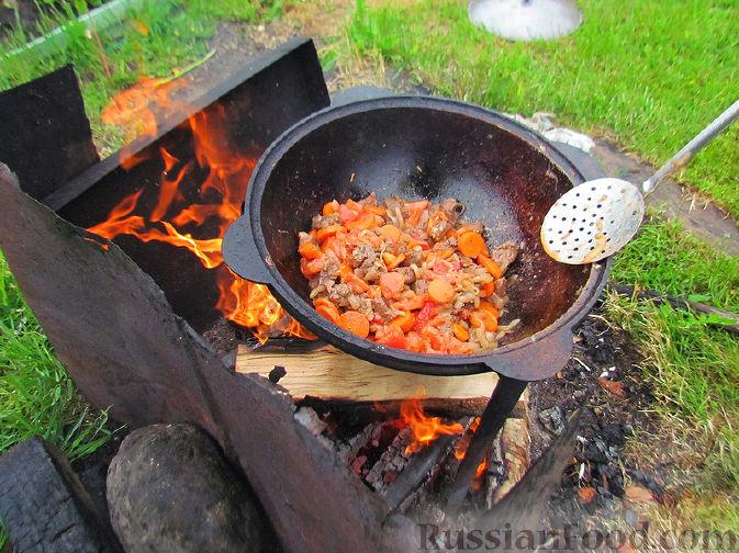 Фото приготовления рецепта: Шурпа под дождём :) - шаг №6
