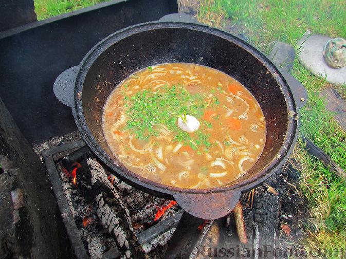 Фото приготовления рецепта: Шурпа под дождём :) - шаг №10
