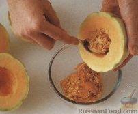Фото приготовления рецепта: Сладкий суп из дыни - шаг №1