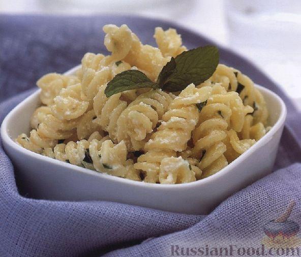 Рецепт Макароны со сливочным соусом и мятой