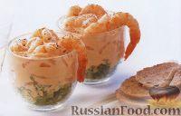 Фото к рецепту: Коктейль из креветок и зелени