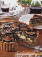 Фото к рецепту: Открытый пирог из баклажанов, риса, сыра и шпината