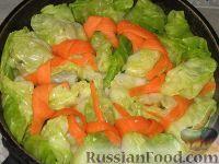 Фото приготовления рецепта: Пикантные капустные конвертики - шаг №7