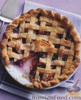 Фото к рецепту: Пирог из песочного теста с черникой и персиком