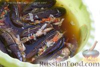 Фото приготовления рецепта: Квашеные баклажаны с капустой - шаг №9