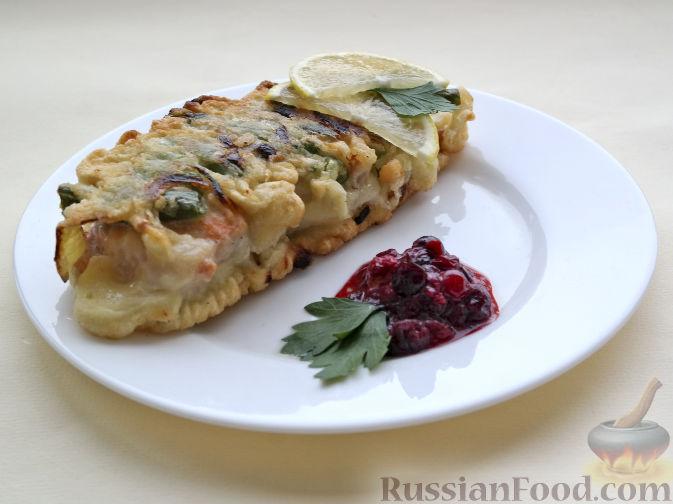Фото к рецепту: Рыба, жаренная со стручковой фасолью и луком