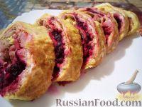 Фото к рецепту: Рулет из омлета, с мясом и свеклой