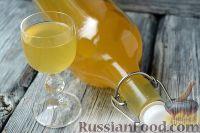 Фото к рецепту: Медовая настойка (медовуха на водке)