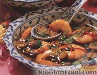 Фото к рецепту: Тайский суп с креветками
