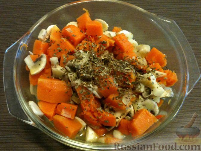 Фото приготовления рецепта: Щи из свежей капусты с пшеном и свининой - шаг №10