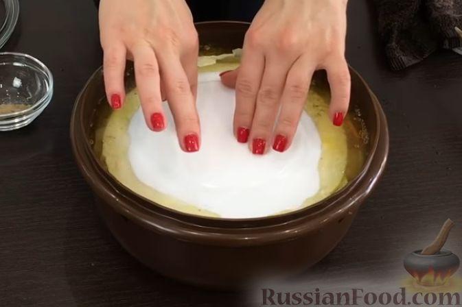 Фото приготовления рецепта: Куриные сердечки, тушенные с болгарским перцем и помидорами - шаг №14