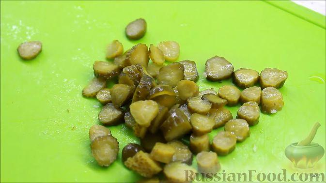 Фото приготовления рецепта: Пирожки с яйцом и зелёным луком (в духовке) - шаг №7