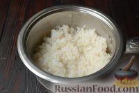 Фото приготовления рецепта: Курица, фаршированная рисом - шаг №3