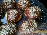 Фото к рецепту: Песочное печенье с шоколадом и кунжутом