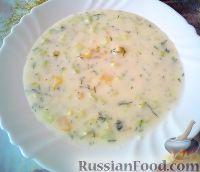 Фото к рецепту: Холодный огуречный суп на йогурте