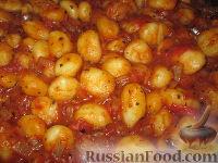 Фото к рецепту: Ньокки (паста) с томатно-луковым соусом