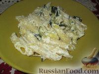 Фото к рецепту: Паста с цуккини и сыром рикотта