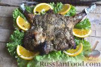 Фото к рецепту: Фазан, запеченный целиком