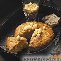 Фото к рецепту: Морковный пирог с пряным грушевым соусом