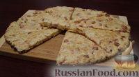 Фото к рецепту: Сконы с колбасой и сыром