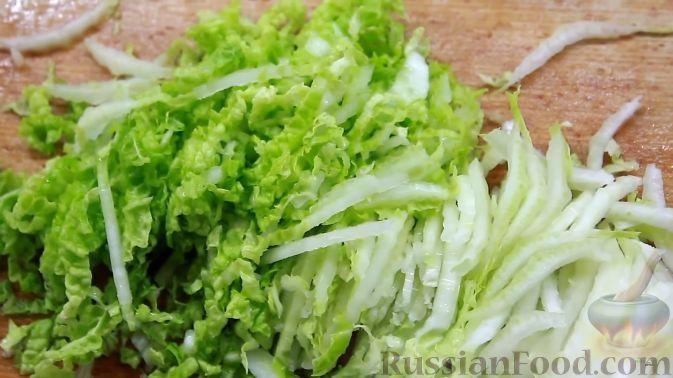 салат из курицы сухариков и пекинской капусты рецепт