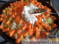 Фото приготовления рецепта: Запеканка картофельная с тыквой - шаг №7