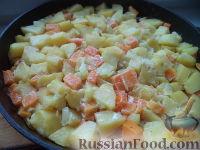 Фото приготовления рецепта: Запеканка картофельная с тыквой - шаг №9