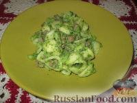 Фото к рецепту: Паста с брокколи и купатами