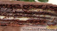 Фото к рецепту: Шоколадный торт с заварным кремом