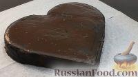Фото к рецепту: Как сделать торт в виде сердца, без формочки