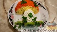 """Фото к рецепту: Салат """"Грибочек"""" с курицей и вешенками"""