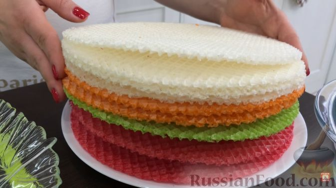 Как приготовить вафельный торт из готовых коржей видео