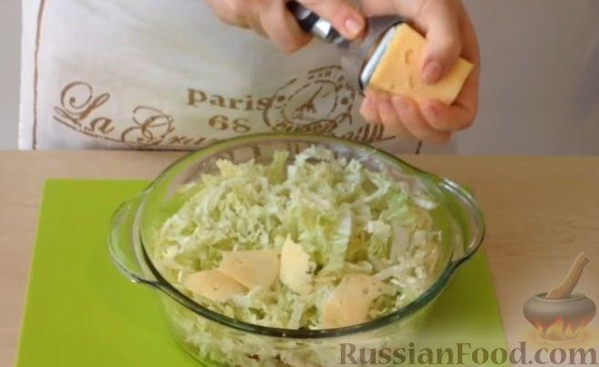 """Фото приготовления рецепта: Салат """"Цезарь"""" - шаг №7"""