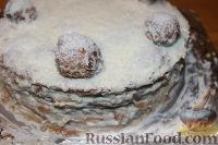 """Фото приготовления рецепта: Новогодний торт """"Рафаэлло"""" - шаг №15"""