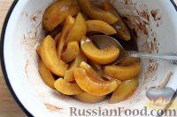 Фото приготовления рецепта: Персиковый коблер - шаг №4