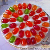 Фото к рецепту: Бисквитный торт с мармеладом