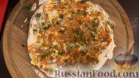 Фото приготовления рецепта: Печеночный торт с грибами - шаг №19