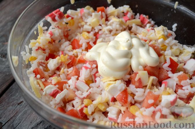 Рецепт салата из крабовых палочек с рисом