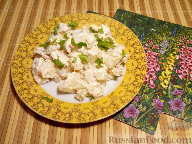 салат из ананасов и курицы рецепт классический пошаговый
