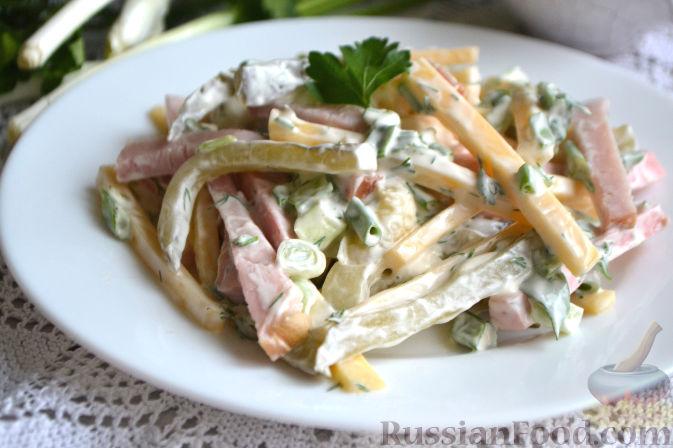 салат рецепт с маринованными огурцами и ветчиной и
