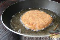 Фото приготовления рецепта: Куриный шницель из фарша - шаг №6