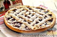 Фото к рецепту: Пирог с вишней